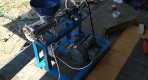 Mesin Giling Daging Sapi Ikan Ayam untuk Bakso