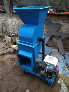 Mesin Chooper Mesin Pencacah Rumput Multifungsi Produksi Kebun Kelinci